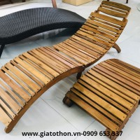 ghế gỗ tắm nắng ngoài trời tiện dụng