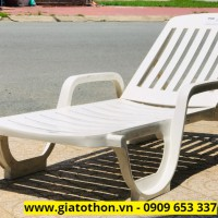 ghế tắm nắng nhựa composite