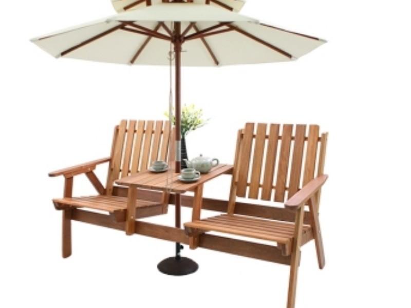 Bàn ghế gỗ đa năng với kiểu dáng đẹp lạ mắt thu hút người nhìn