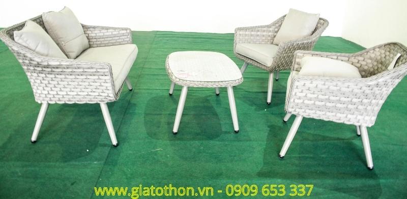 sofa-nhua-may-trang-cao-cap